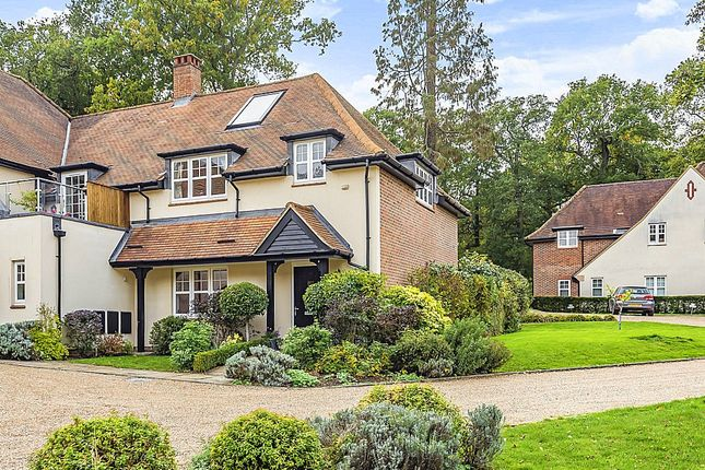 Thumbnail Terraced house for sale in Frenchlands Gate, East Horsley