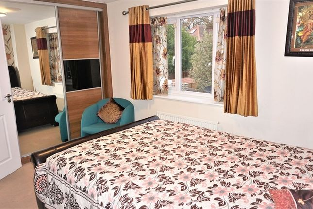 Thumbnail Town house to rent in Fremantle Way, Hayes, United Kingdom