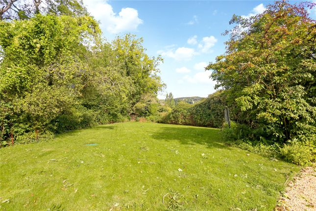 Gardens of Greenhouse Lane, Painswick, Stroud, Gloucestershire GL6