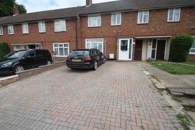 3 bed terraced house to rent in Bennetts End Road, Hemel Hempstead