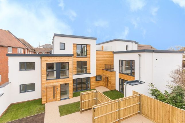 Thumbnail Flat for sale in Vineyard, Abingdon