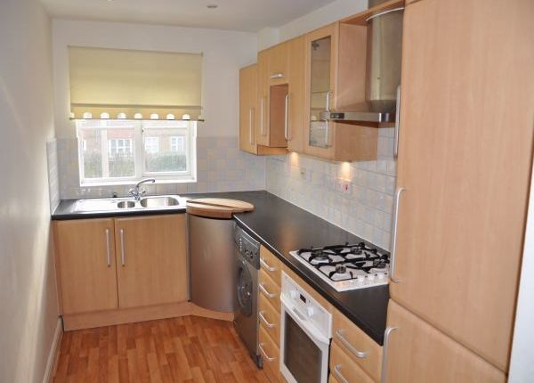 Thumbnail Maisonette to rent in Grenada Close, Eastbourne