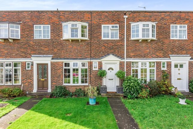 Thumbnail Terraced house for sale in Staines-Upon-Thames, Surrey