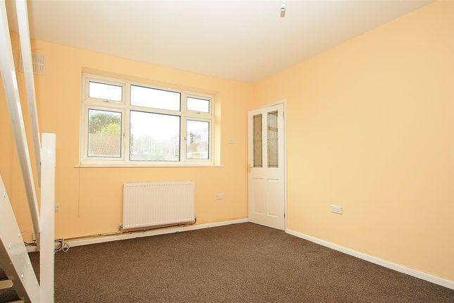 Thumbnail Bungalow to rent in Westbourne Close, Yeading, Hayes
