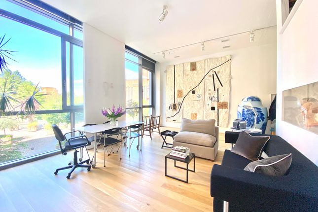 Town house for sale in Hoptons Gardens, Hopton Street, London