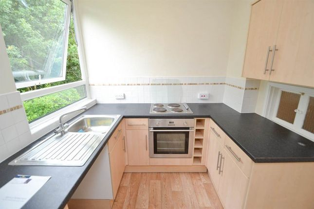 Thumbnail Flat to rent in Woodcroft Drive, Eastbourne