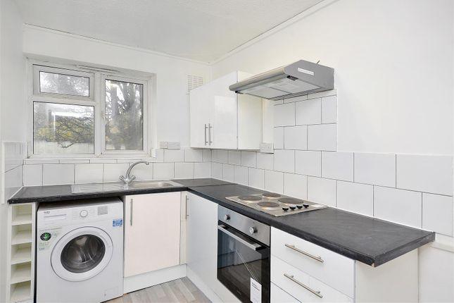 Flat in  Hainault Road  Leytonstone  London