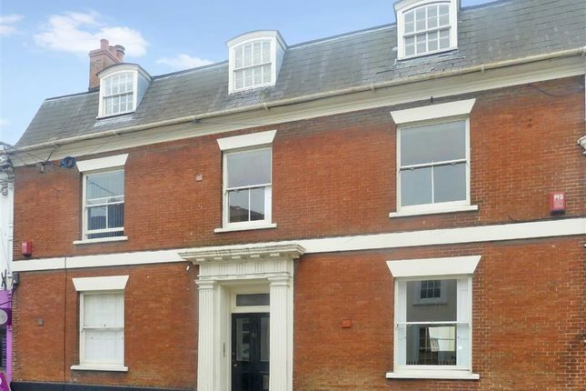 Thumbnail Flat to rent in 31 Wood Street, Swindon, Wiltshire