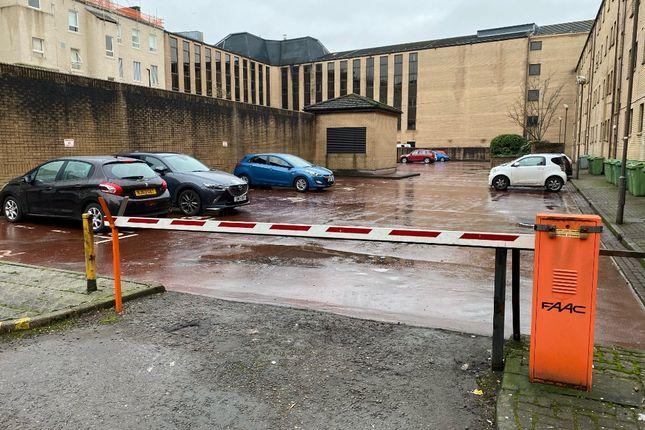 Parking/garage to rent in Cleveland Street, Glasgow G3