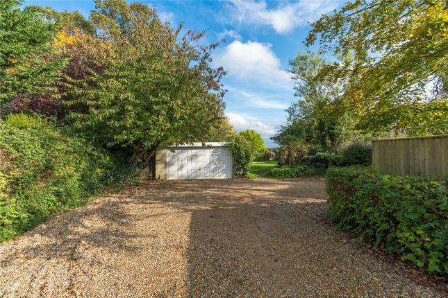 Picture No. 16 of Bulstrode Lane, Felden, Hemel Hempstead, Hertfordshire HP3