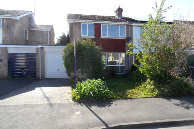 Thumbnail Semi-detached house to rent in Abberley Avenue, Stourport-On-Severn