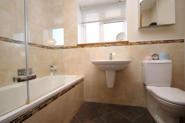 Bathroom of Greys Hill, Henley-On-Thames RG9