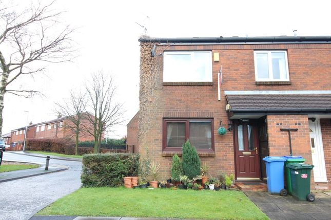 Thumbnail Flat to rent in Watermill Close, Rochdale