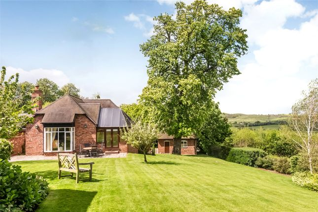 4 bed detached house for sale in Abbey Manor Park, Evesham, Worcestershire