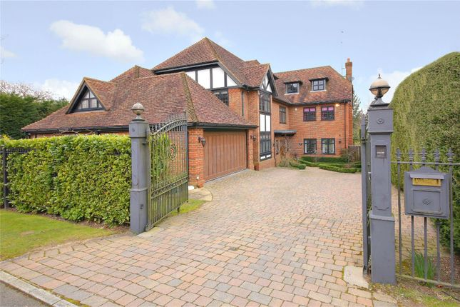 Thumbnail Detached house for sale in Abbey View, Radlett