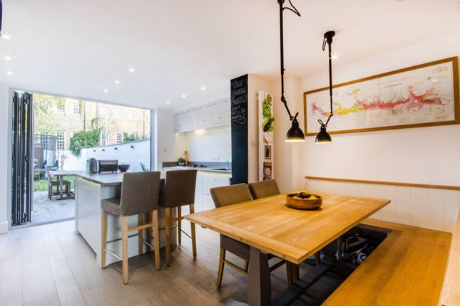 Thumbnail Property for sale in Park Row, Greenwich