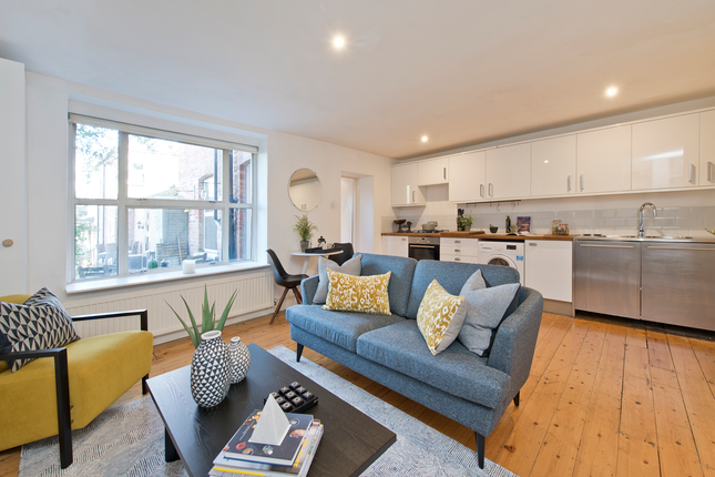 1 bed flat for sale in Wembury Mews, London