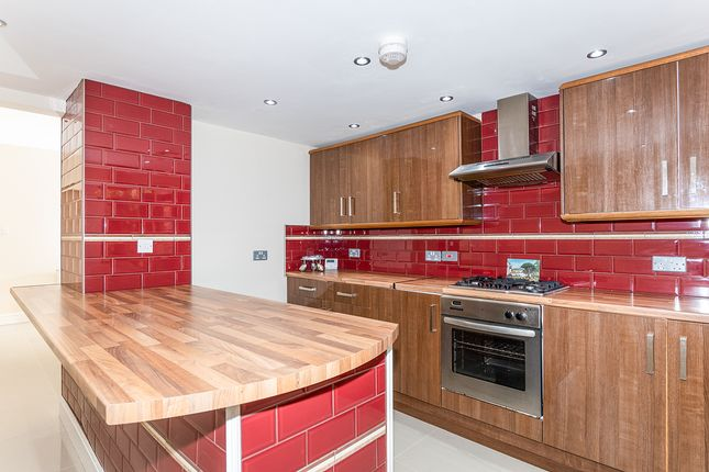 Flat for sale in Aspinall Street, Prescot, Merseyside