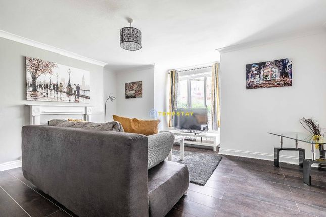 Thumbnail Flat to rent in Hencroft Street, Slough