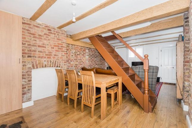 Mill Place Datchet Slough Sl3 2 Bedroom Terraced House