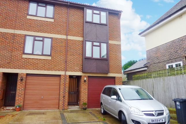 Thumbnail Town house to rent in The Courtyard, Offington Lane