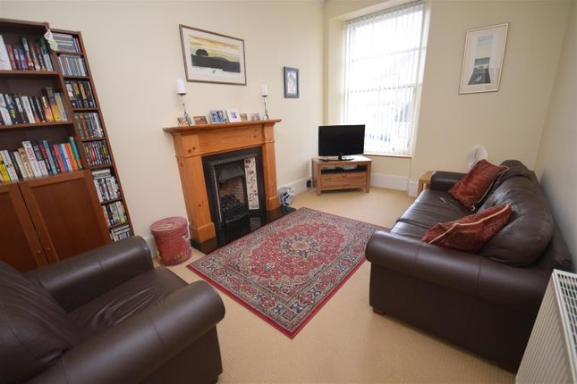 Thumbnail Flat for sale in High Street, Blairgowrie