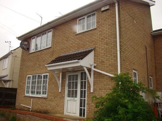 Thumbnail Flat to rent in Lerowe Road, Wisbech
