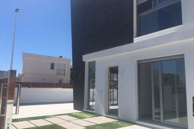 Detached house for sale in Gran Alacant, Alicante, Spain