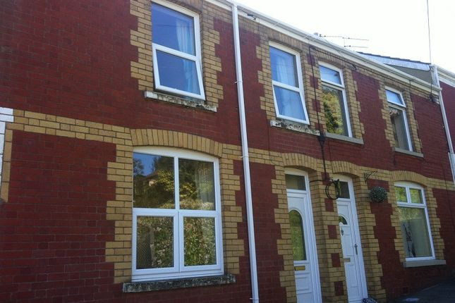 Thumbnail Room to rent in Room 1, Smith Street, Maesteg
