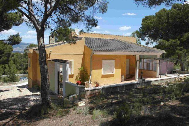 Thumbnail Villa for sale in Badajoz, Spain
