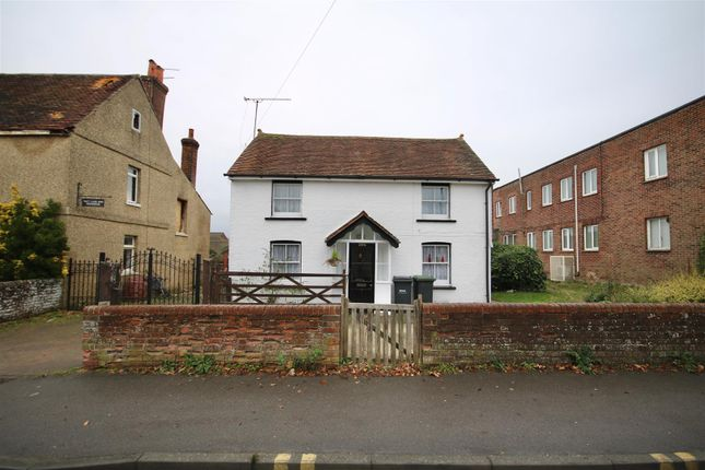 Thumbnail Cottage to rent in London Road, Waterlooville