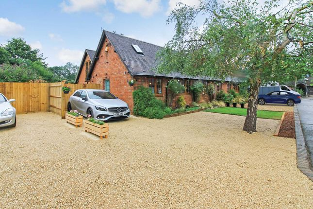 Thumbnail Barn conversion for sale in Liscombe Park, Soulbury, Leighton Buzzard