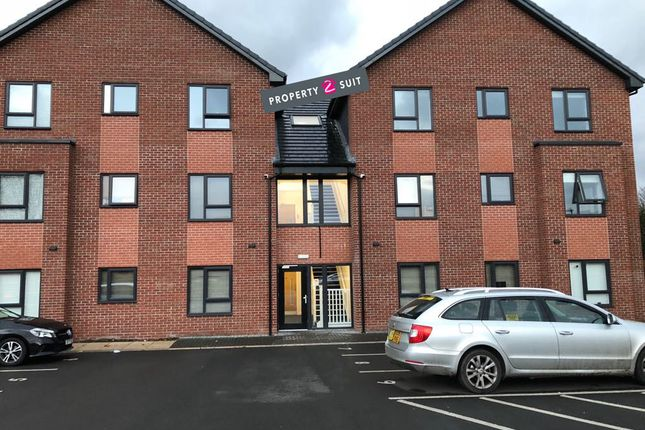 Thumbnail Flat to rent in Bratton Drive, Manchester