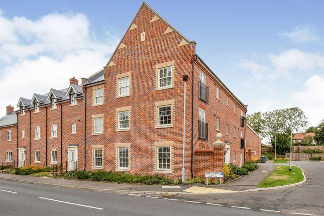 2 bed flat for sale in Bibbys Way, Framlingham, Woodbridge IP13