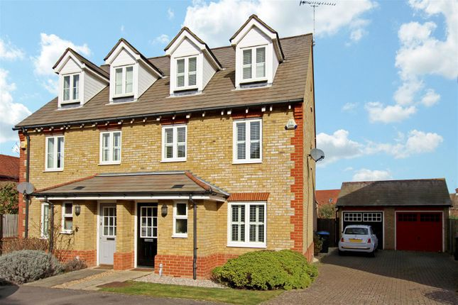 Thumbnail Semi-detached house to rent in Curf Way, Burgess Hill