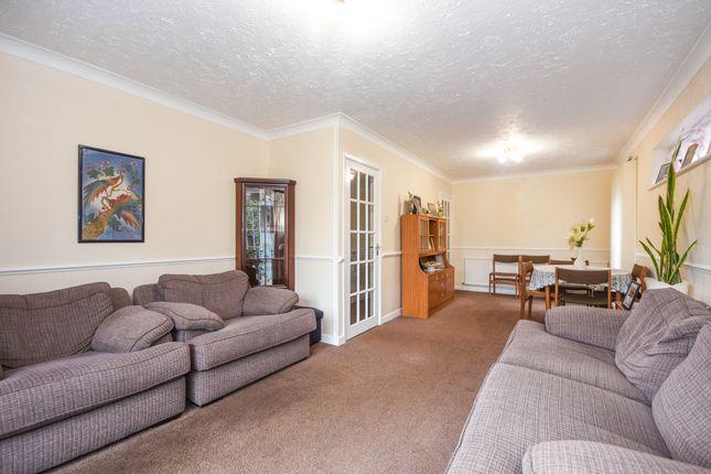 Living Room of Barbara Close, Rochford SS4