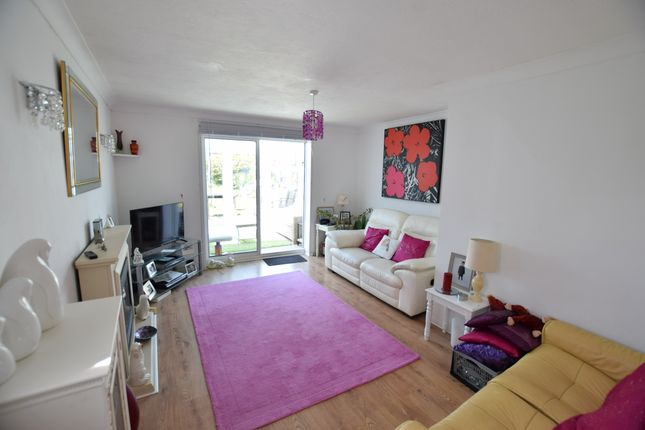 Lounge/Bedroom Three