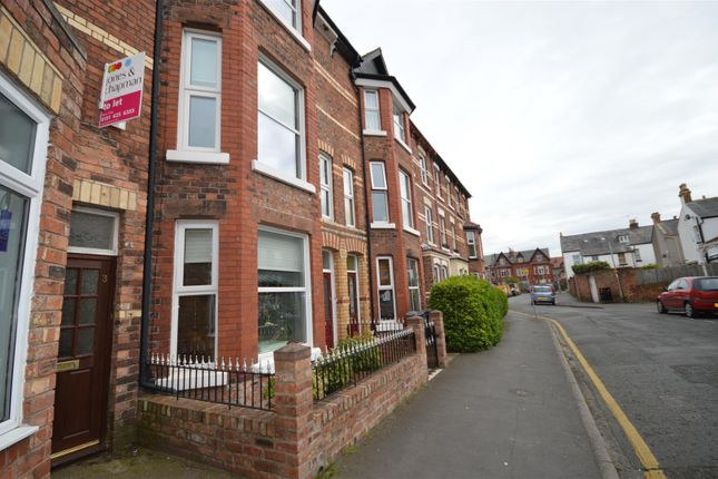 Thumbnail Flat to rent in Acacia Grove, West Kirby, Wirral