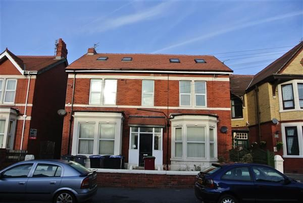 7 bed property for sale in Reads Avenue, Blackpool