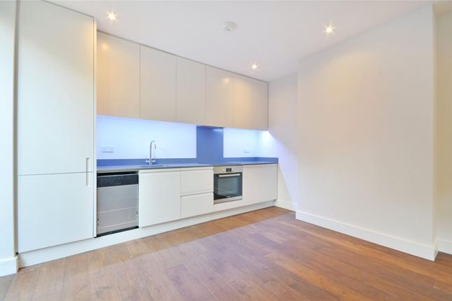 2 bed flat to rent in Tysoe Street, Clerkenwell