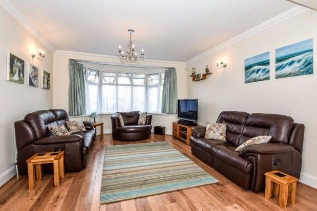 Thumbnail Semi-detached house to rent in Beresford Road, London
