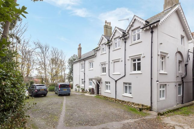 Thumbnail Flat for sale in Quarry Hill, St. Leonards-On-Sea