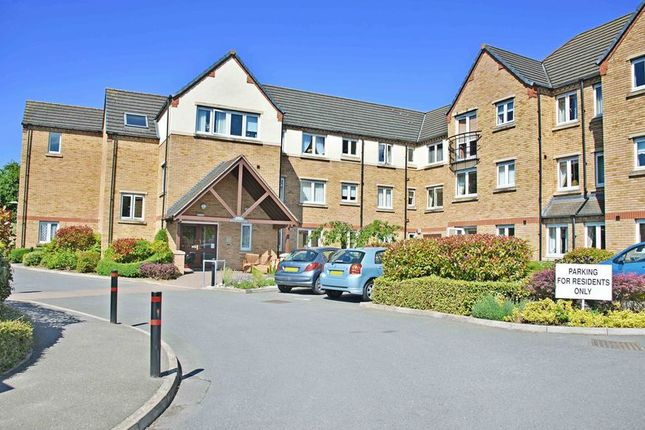 Thumbnail Flat for sale in Blackstones Court, Stamford