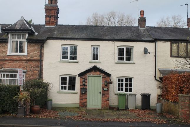 Thumbnail Cottage to rent in Hall Lane, Mobberley, Knutsford
