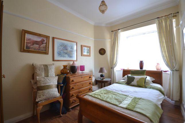 Bed 4 of Chestnut Avenue, Ewell, Epsom KT19