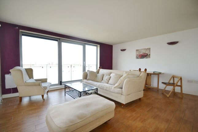 Thumbnail Flat to rent in Tideslea Path, Thamesmead