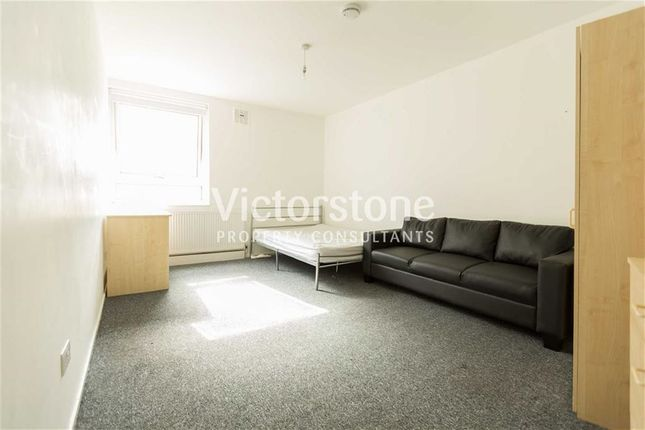 Thumbnail Flat to rent in Camden Street, Camden, London