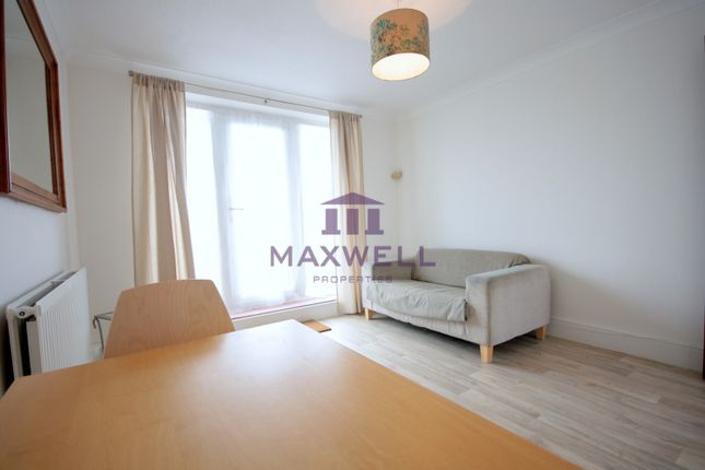 1 bed flat to rent in Caledonian Wharf, London E14