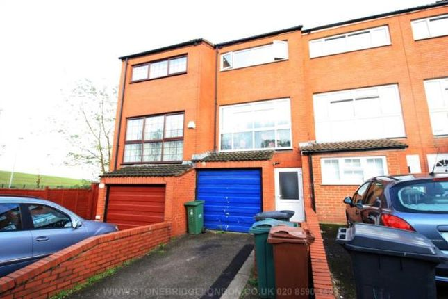 Thumbnail Town house to rent in Stow Crescent, London