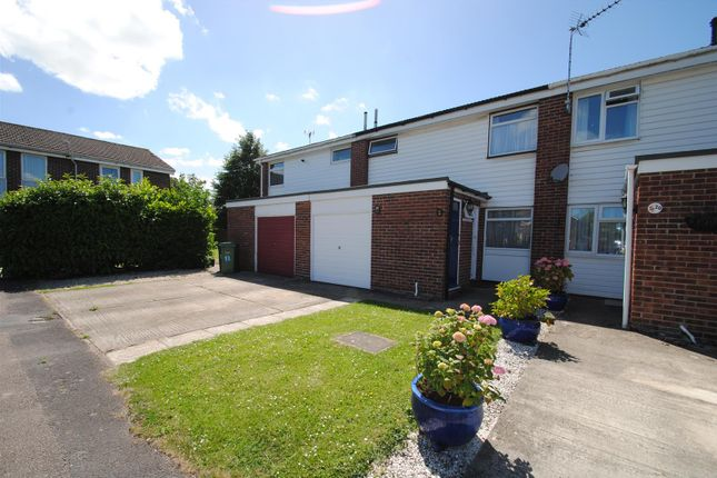 Thumbnail Terraced house for sale in Kennet Close, Grove, Wantage